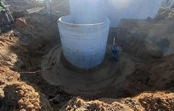 Galeria Posadowienie zbiornika przepompowni wewnętrznej oraz zbiornika osadów dowożonych